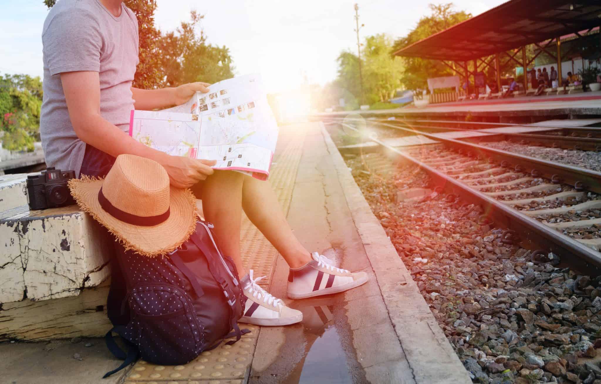 「『旅をしながら仕事する』に憧れない方がいいですよ」。ノマド生活のリアルとたった一つの大きな意義とは。 – 東フリ座談会vol.2
