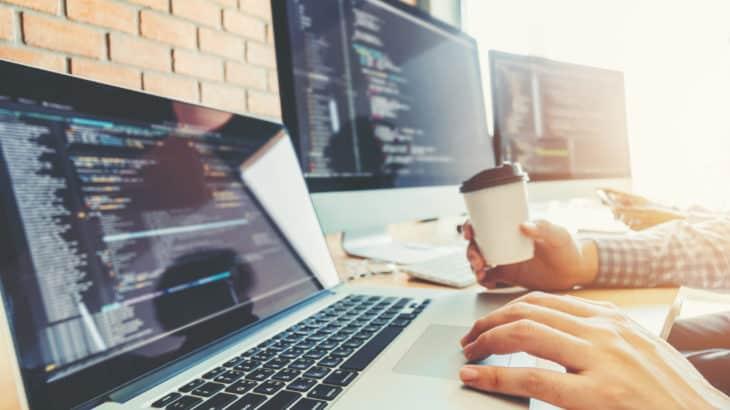 【2019年】決定版!プログラミングに最適なノートパソコンの選び方とおすすめPC10選